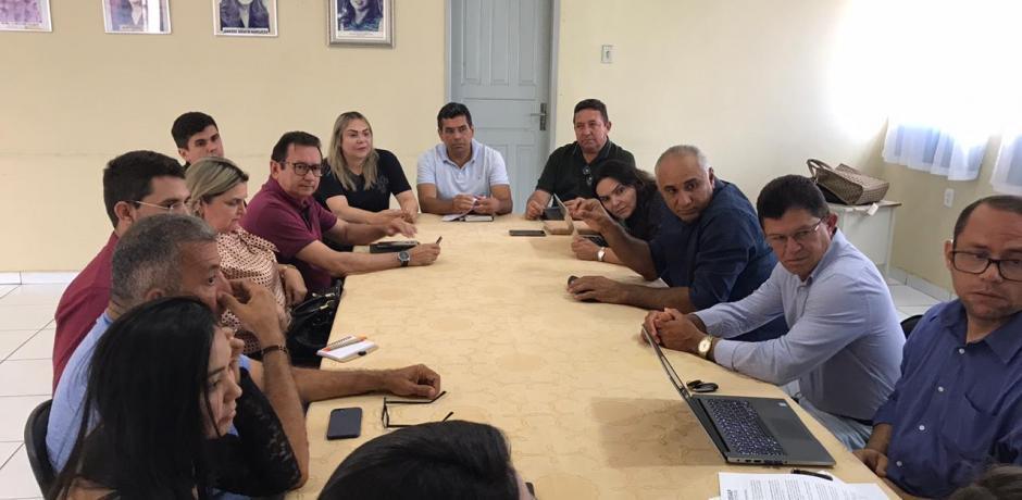 Prefeito Lidio Participou de reunião na AMVAP