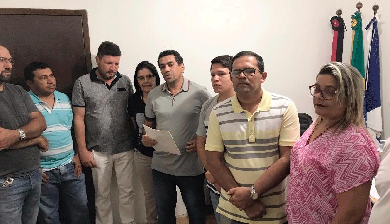DEPOIS DE 10 ANOS OS FILHOS DE IGARACY PASSAM A TIRAR IDENTIDADE NO MUNICÍPIO